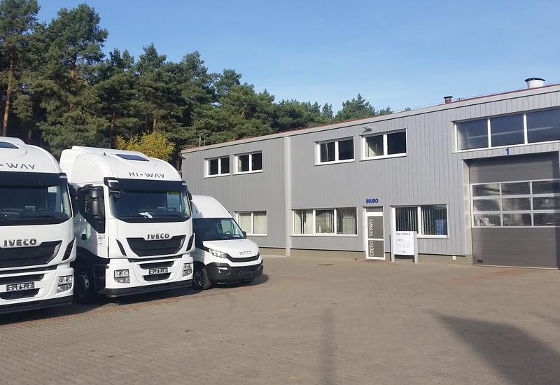 naprawy blacharskie - Uni-Truck Sp. z o.o. Ziel... zdjęcie 1