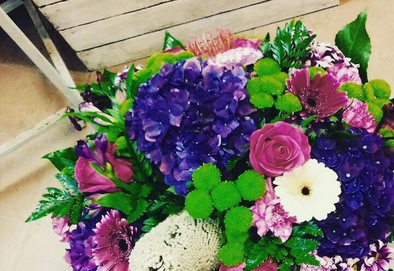 bukiety urodzinowe - Kwiaciarnia Magia Kwiatów... zdjęcie 4