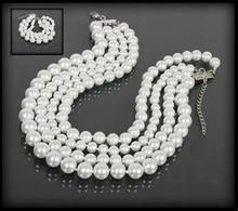 Komplet biżuterii z białych pereł