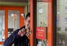 awaryjne otwieranie drzwi - Pogotowie ślusarskie Łazi... zdjęcie 2