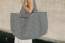 wielka torba plażowa z bawełny w czarno-białe pasy