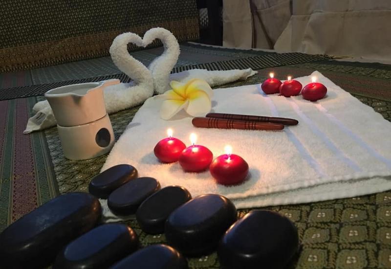masaż tajski pleców - SalaThai Salon Masażu & S... zdjęcie 4