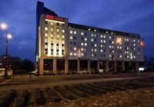 hotele - Ibis Warszawa Stare Miast... zdjęcie 2