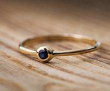 Unikatowa biżuteria złota i srebrna.