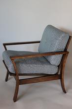 Fotel drewniany Vintage pepitka granatowa