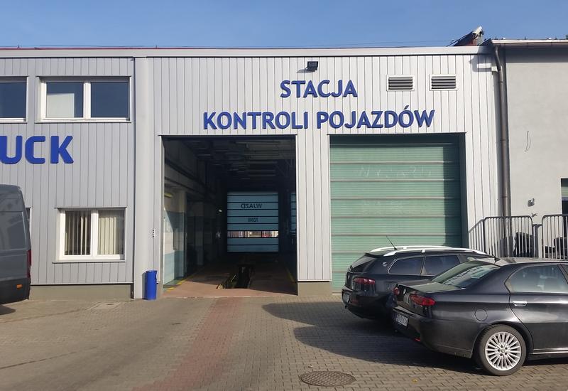 lakiernia - Uni-Truck Sp. z o.o. Ziel... zdjęcie 2