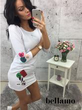 Sukienka z naszywkami