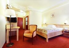 w górach - Papuga Park Hotel. Pokoje... zdjęcie 6