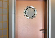 Drzwi, ościeżnice, parapety