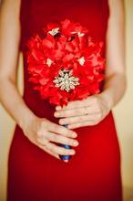 Ślubny bukiet z broszkami CZERWONY ZAWRÓT GŁOWY