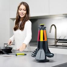 Zestaw narzędzi kuchennych ze stojakiem
