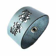 Bransoletka skórzana - kwiaty - jasno niebieska