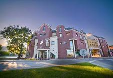 nocleg - Hotel Grot Restauracja zdjęcie 1