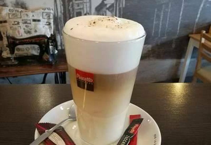 Starówka Cafe kawa włoska - Kawiarnia Starówka Cafe zdjęcie 4