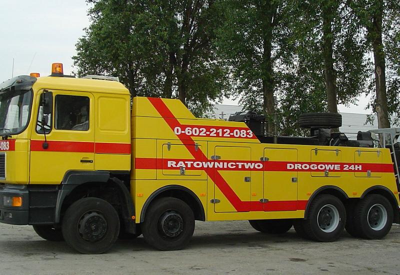 pomoc drogowa ciężarowe - Holowanie Samochodów Cięż... zdjęcie 4
