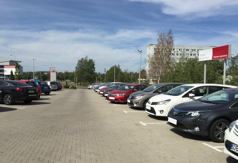 samochodowe - Toyota Wałbrzych Nowakows... zdjęcie 4