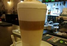 kawa z bitą śmietaną Starówka Cafe - Kawiarnia Starówka Cafe zdjęcie 8