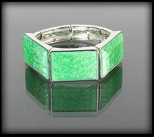 Bransoletka z zielonymi kamieniami - zielony