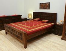 Łóżko kolonialne