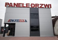 montaż paneli podłogowych - Panelux FHU. Panele, fliz... zdjęcie 1