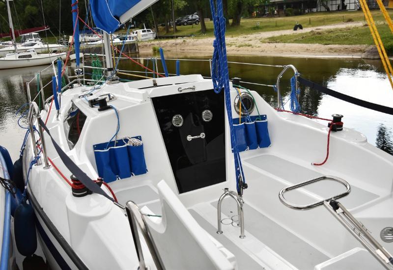 jacht - PAWLIK-JACHT zdjęcie 1