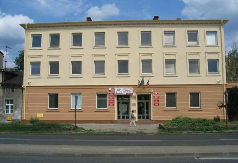 szoła policealna - Towarzystwo Wiedzy Powsze... zdjęcie 1