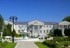 miejsca noclegowe - Biały Pałac. Wesela, bank... zdjęcie 2