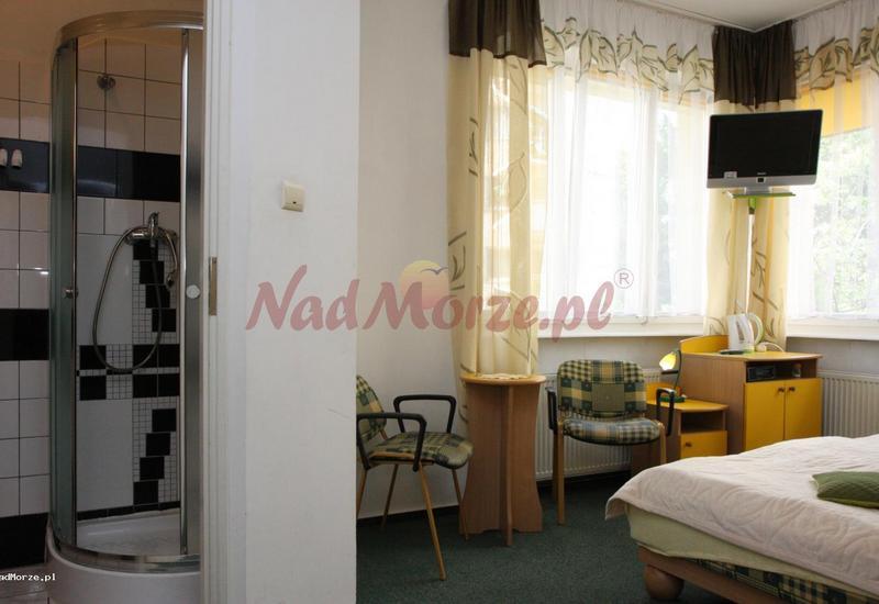 pokoje nad morzem - Bursztynek Jolanta Janowi... zdjęcie 4