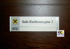 tabliczki grawerowane - Aret S.C. oznakowanie obi... zdjęcie 17