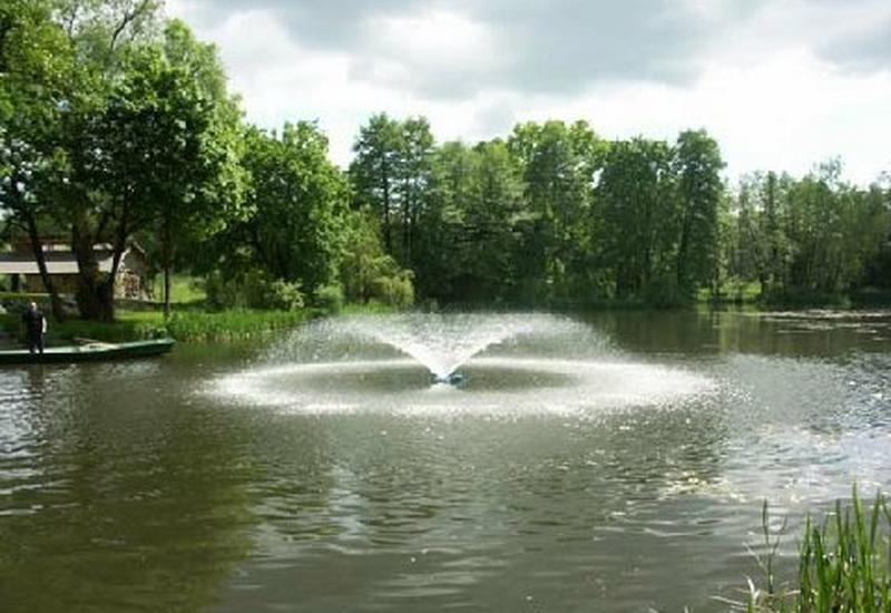 usługi cięcia wodą - Aquapoltech. Baseny do tr... zdjęcie 1