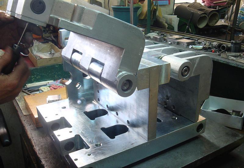 wykrojniki do metalu - Pracownia Konstrukcyjna N... zdjęcie 2