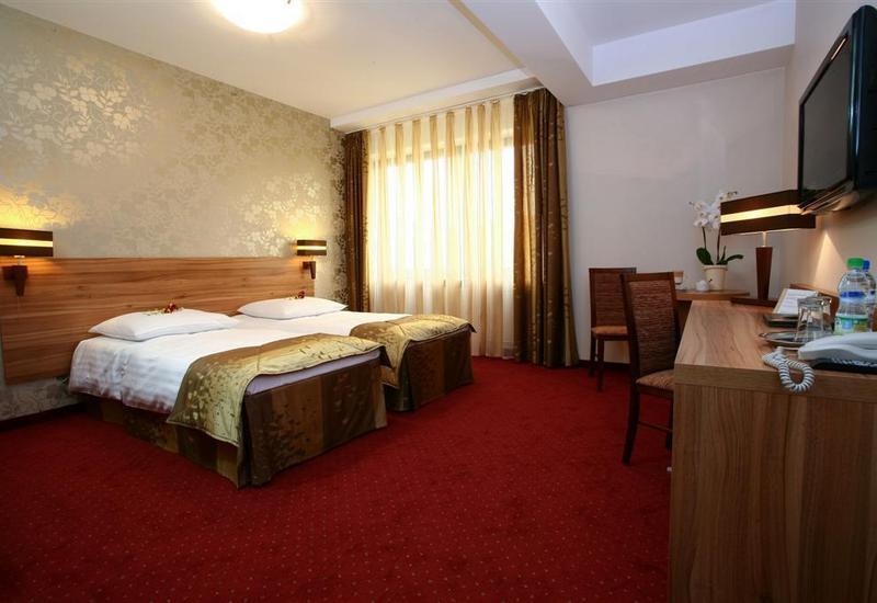 Hotel Duet