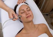 manicure hybrydowy - La Clinique Spa&Wellness.... zdjęcie 30