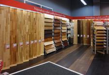 Panele, dywany, wykładziny, podłogi drewniane, drzwi