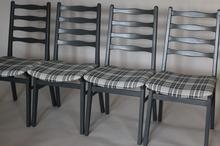 Zestaw 4 szarych krzeseł drewnianych krzesła szare