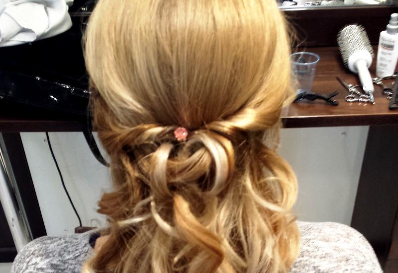 doczepianie włosów na warkoczyki - STUDIO ESTETYKI zdjęcie 5