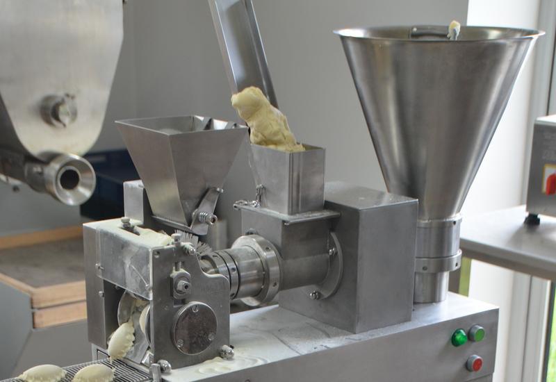 maszyna do klusek - Instytut Maszyn Spożywczy... zdjęcie 3