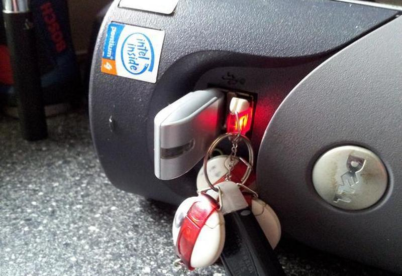 elektryk samochodowy